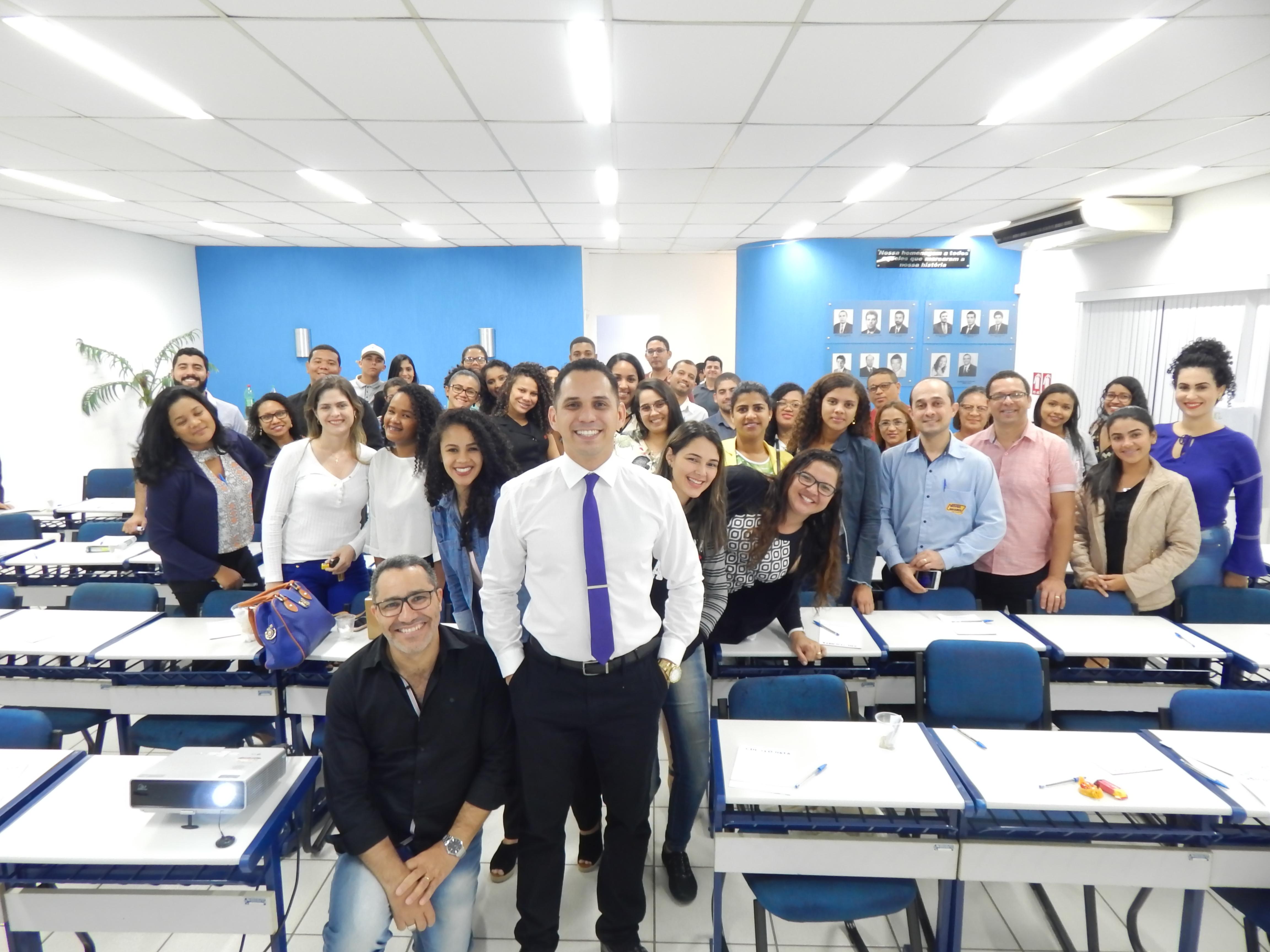 CDL realiza Workshop de oratória com Lucas Caitité