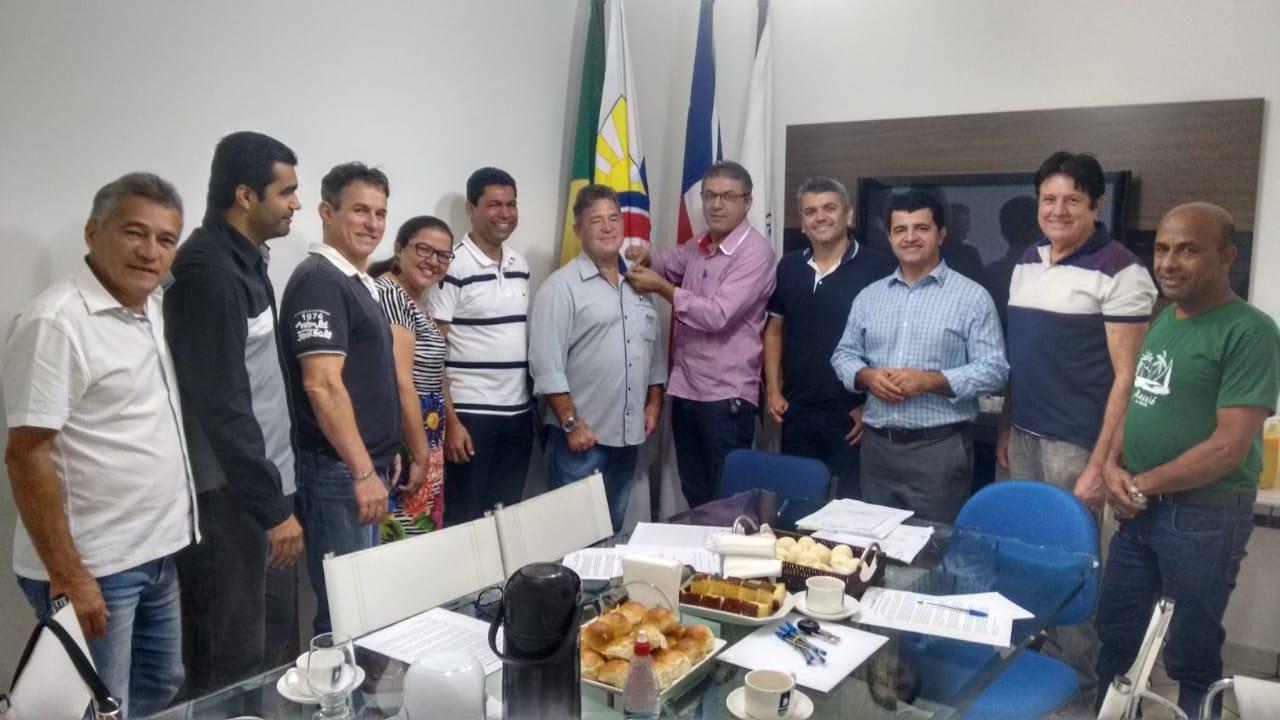 Presidente e diretores da CDL participam de reunião para empossamento dos novos membros