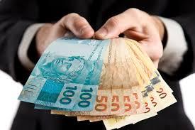 Empréstimo para negativados foi alternativa para 16% dos inadimplentes limparem o nome, mostra pesquisa do SPC Brasil e CNDL