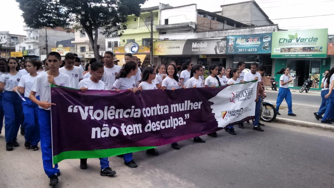 SPM/BA promove campanha AGOSTO LILÁS com passeata pelo centro da cidade