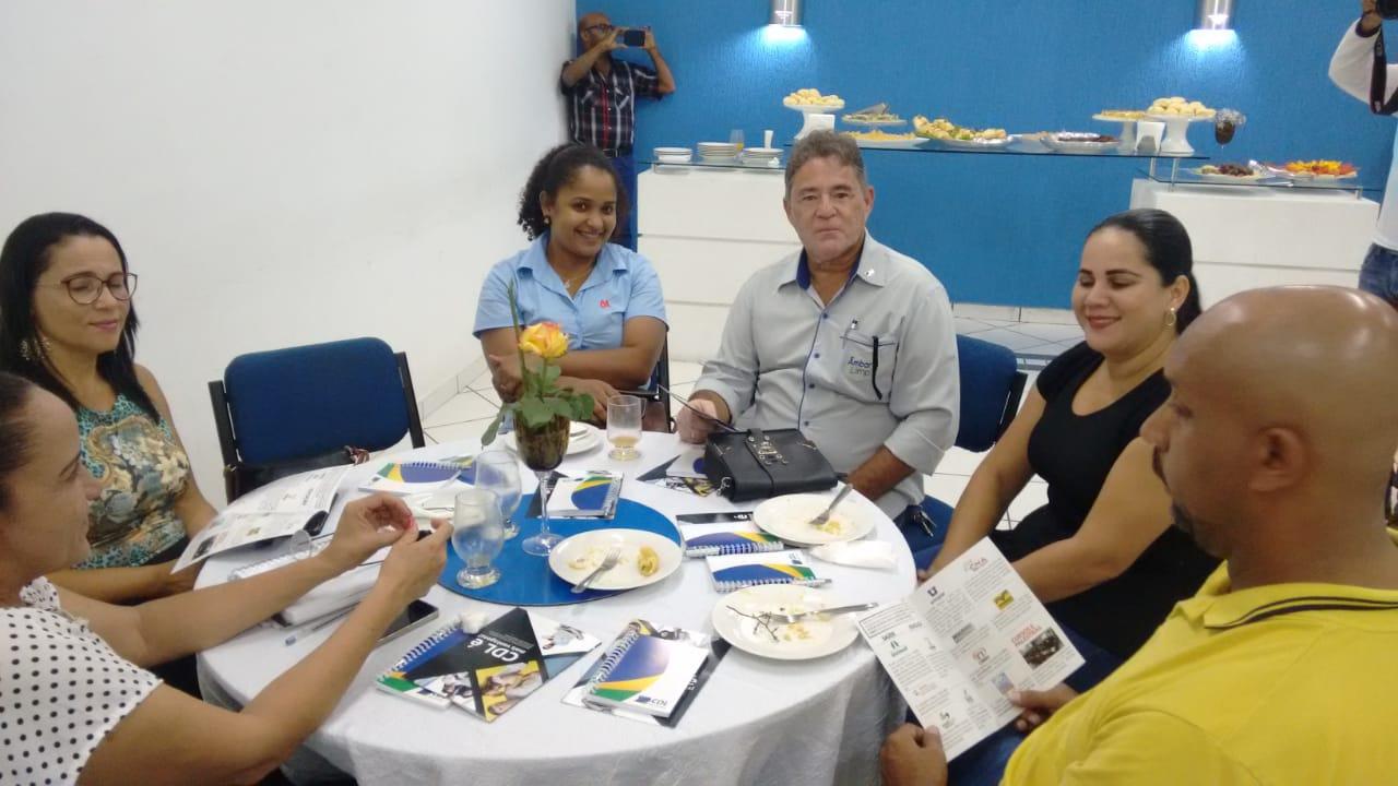 CDL promove encontro com grupo de associados